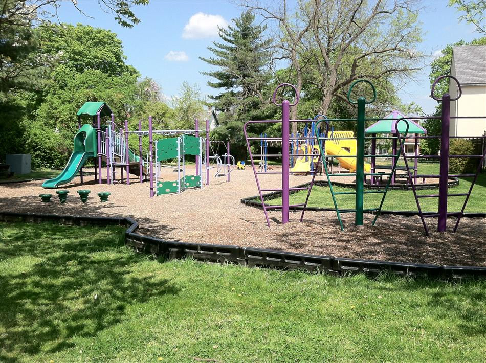 La Mott Playground Parks and Recreation