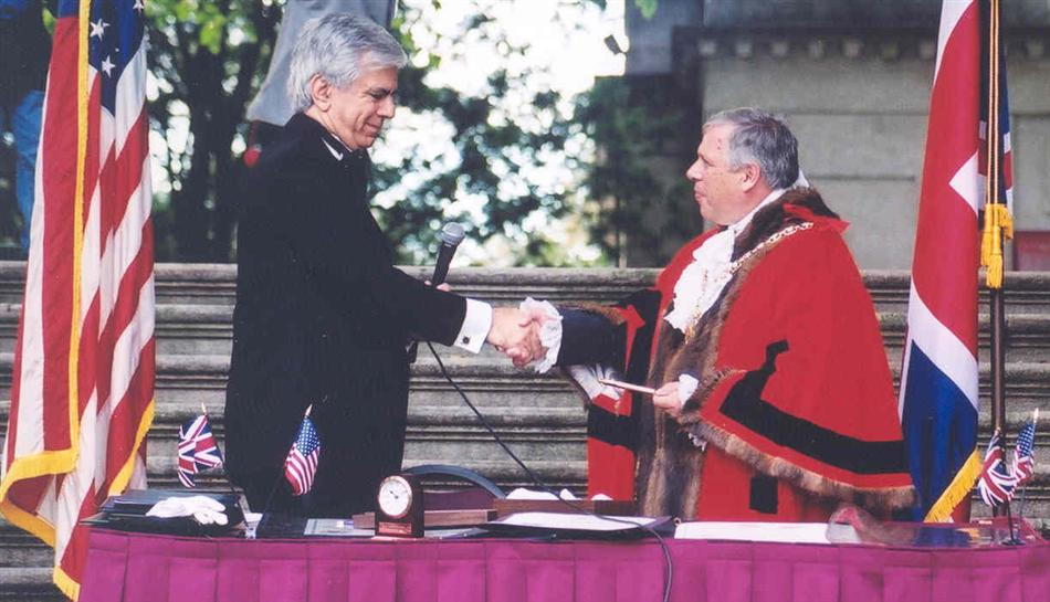 Cheltenham Township commissioner and Lord Mayor of Cheltenham UK sign offiical Twinning Charter in 2000 at Curtis Arboretum in Wyncote